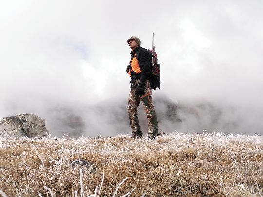 Hunting at 10,000 feet on a damp, chilly day demanded attention to heat retention during a bighorn sheep hunt.