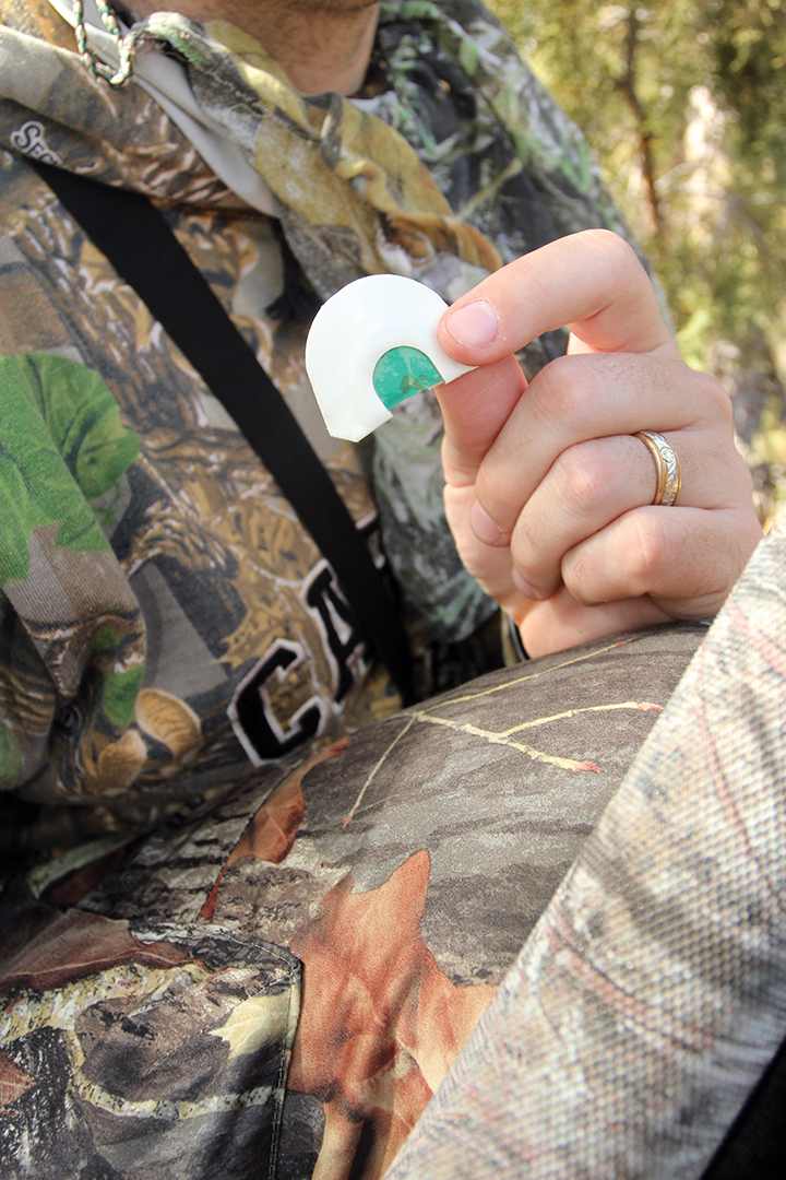 For situations that require hands-free operation, diaphragm calls shine. With some experience, hunters can use them to produce a wide variety of food source and social sounds.