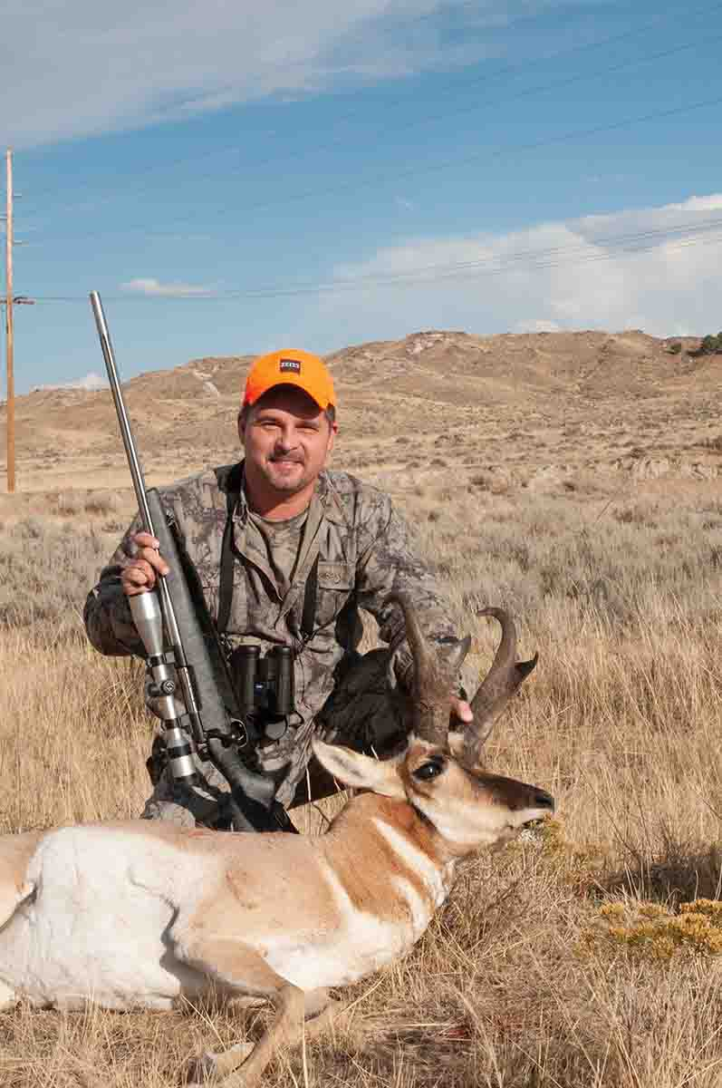 This stunning Wyoming prongbuck shows the state's potential for record book bucks.
